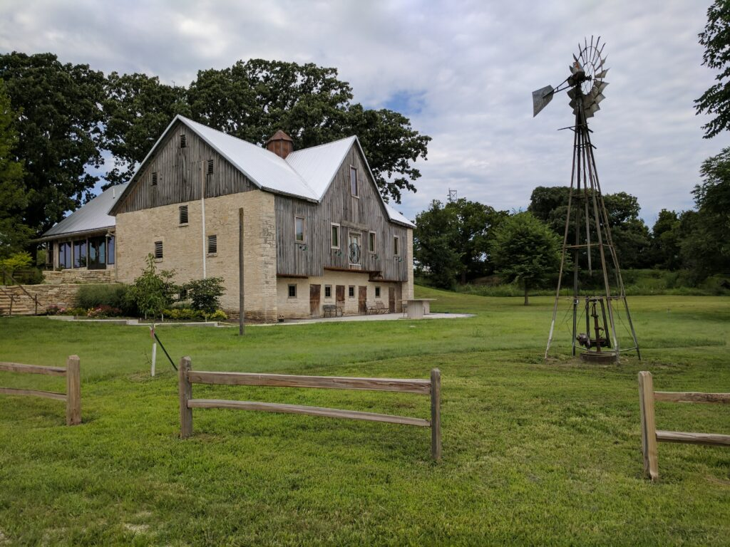 Mill Creek Lodge barn
